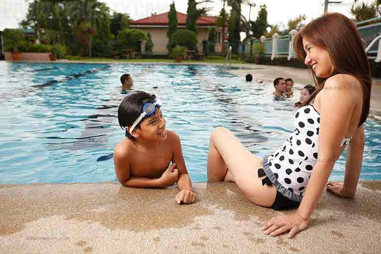 Parkview-Swimming Pool